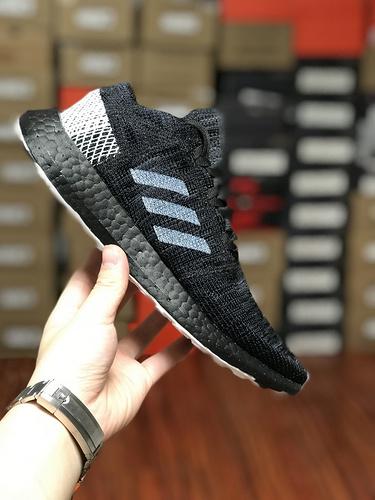 D08K3 Adidas Pure BoostGO爆米花系列慢跑鞋 GO三文鱼全黑 BB7804尺码39-45