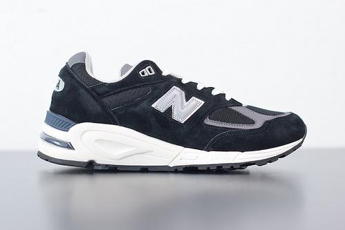 "J02H4 NB 990v2高端美产系列经典复古休闲运动慢跑鞋""黑白银3M"" 货号 M990BK2 尺码40-44"