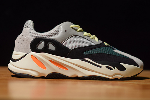 YEEZY 700 BOOST RUNNER  椰子700 B75571 尺码36-47带半码