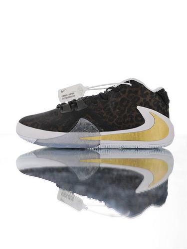 Nike Zoom Freak 1 扬尼斯·安特托昆博签名款 字母哥一代系列 后掌真双层Zoom气垫 内靴锁定系统#独特抓地纹路大底 气垫低帮运动篮球鞋 黑黄豹纹大金倒钩配色
