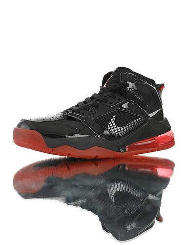 """Jordan Mars 270 """"Bred"""" 后掌回弹气垫大底 火星之子混合鞋面高帮休闲运动篮球鞋 皮革黑红大魔王配色"""