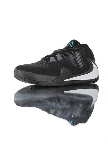 Nike Zoom Freak 1 全新具开发打造 后掌真双层Zoom气垫 内靴锁定系统 独特抓地纹路大底 一代字母哥签名双气垫低帮休闲运动篮球鞋 黑银蓝配色