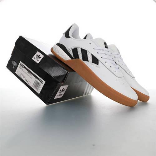 Adidas Originals Skateboarding 3ST.004 Suede 阿迪达斯爆米花缓震低帮休闲运动专业滑板板鞋 皮革白黑生胶底配色 DB3153