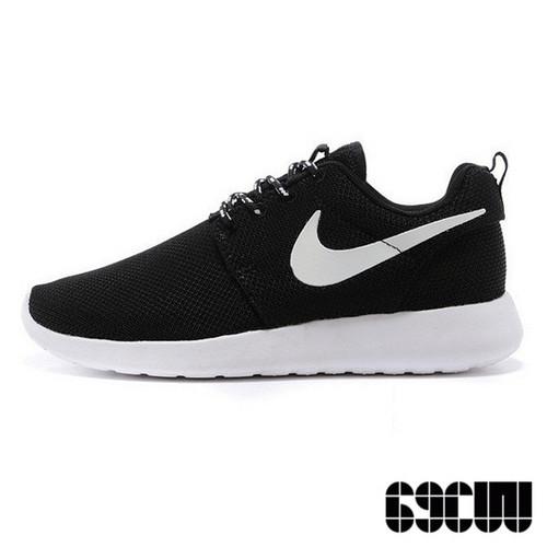 Nike Roshe Run 黑白配色