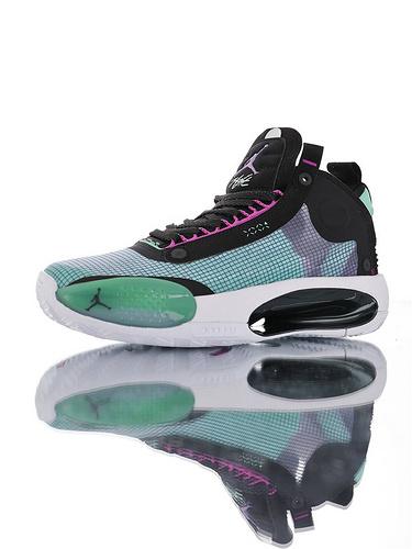 Air Jordan XXXIV 未来篮球鞋的蓝本 内置真Zoom纤维气垫装置 前后独立气垫+超轻鞋面 独立后跟 镂空中底 AJ34代史上最轻运动篮球鞋 孔雀绿黑配色