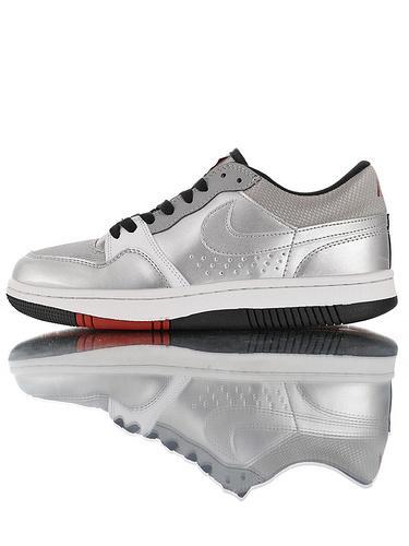 Nike Court Force Low Premium 25周年纪念限定 全新原模具开发 正确多材质品质还原细节 耐克网球空军系列低帮复古运动板鞋 子弹银灰反光黑红底配色