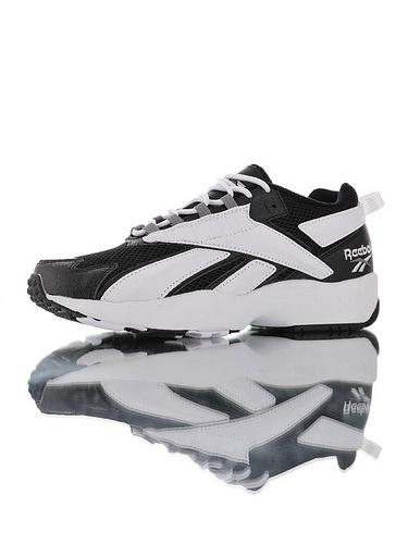 Reebok Interval 96 陈伟霆明星同款 全新具开发打造 时隔二十三年的立体大LOGO设计 美国锐步间隙系列复古休闲运动老爹慢跑鞋 黑白配色
