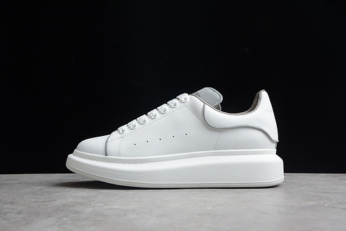 版本 礼盒装 Alexander McQueen/亚历山大麦昆 松糕鞋厚底增高小白鞋 白色夜光 55370013