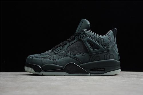 "KAWS x Air Jordan 4 ""Black"" AJ4 黑色麂皮 930155-001"