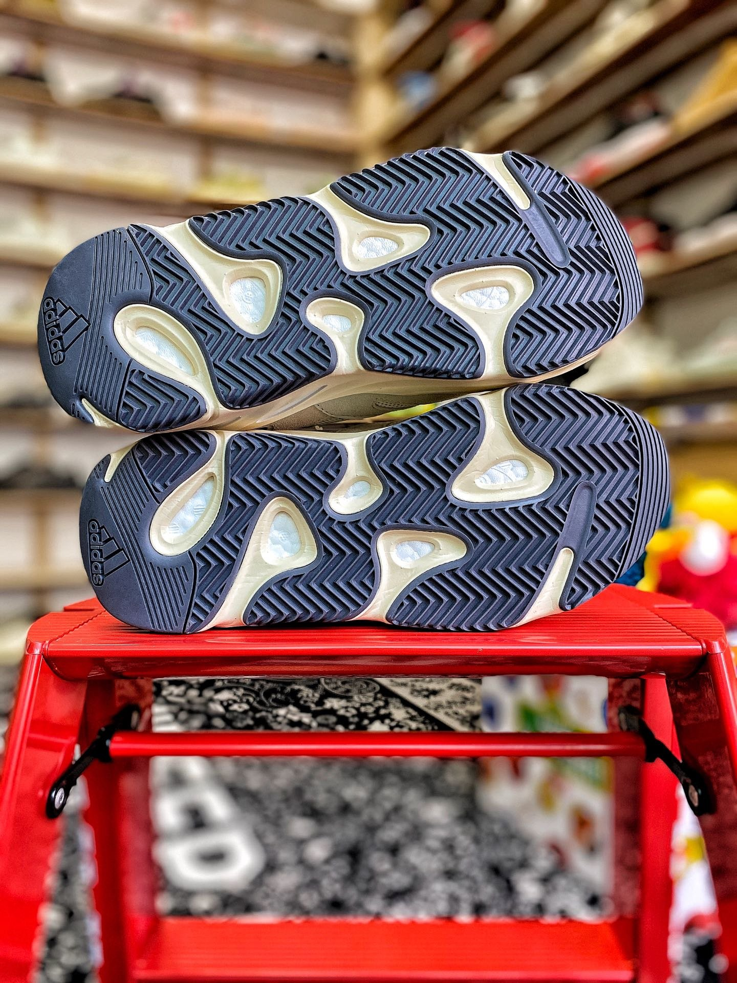 说到莆田鞋的销路模式!你知道莆田高仿鞋是怎找销路的吗? -