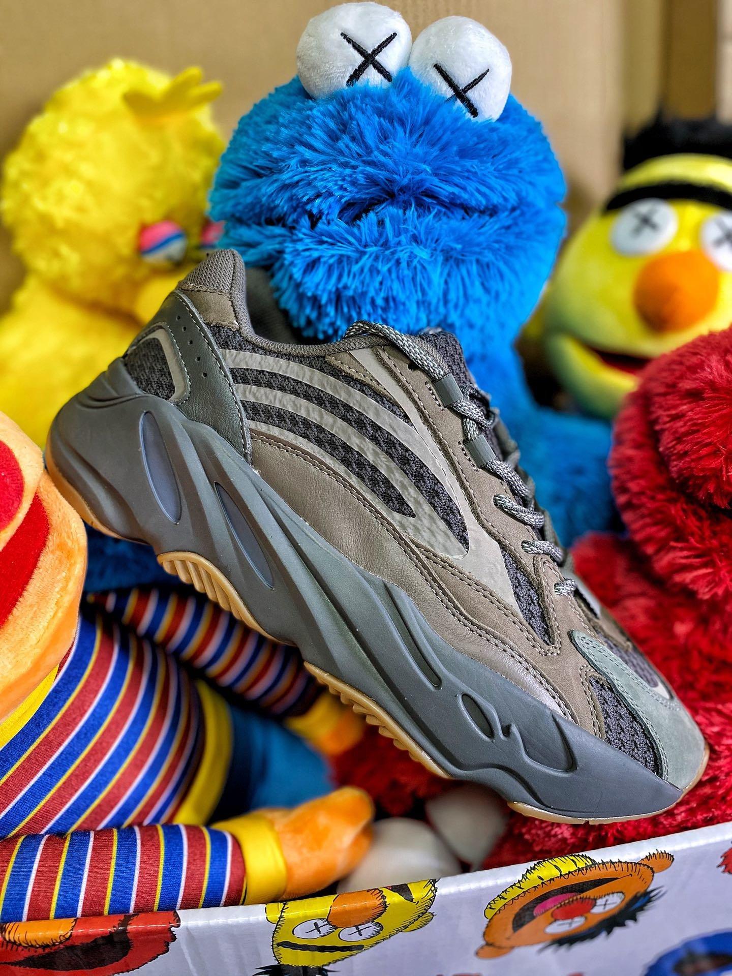 莆田鞋哪里买,莆田鞋拿货渠道,如何找到质量好的莆田鞋!封面